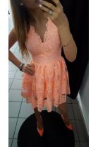 Sukienka koronkowa brzoskwiniowa