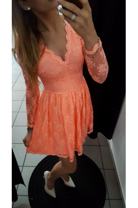 Sukienka koronkowa brzoskwiniowa EMO