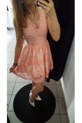 Sukienka koronka łososiowa