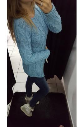 Asymetryczny sweter niebieski